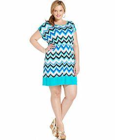 Soprano Plus Size Short-Sleeve Chevron-Print Dress