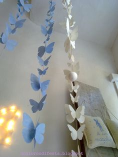 farfalle di carta verdivoglie Diy Arts And Crafts, Crafts For Kids, Diy Crafts, Paper Birds, Paper Flowers, Easter Tree, Butterfly Template, Paper Crafts Origami, Baby Party