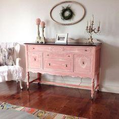 pink painted sideboard - vintage painted chalk furniture via Patio Furniture Makeover, Metal Patio Furniture, Pink Furniture, Refurbished Furniture, Farmhouse Furniture, Repurposed Furniture, Furniture Projects, Furniture Decor, Painted Furniture