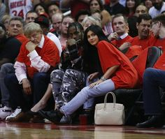 In Yet Another Sign of the Impending Apocalypse, Kylie Jenner Is Pregnant