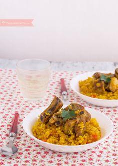arroz con costillas seco Puerto Rican Dishes, Puerto Rican Recipes, Puerto Rico Food, Kitchen Dishes, Grubs, Risotto, Nom Nom, Cooking Recipes, Pasta