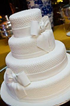 Bolo para casamento! #casamento #casar #wedding #bolo #bolodecasamento #bride #bridesmaid #cake #topcake #noiva #noivo #groom #weddingideias #casamentocriativo
