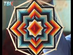 Быстрые мандалы. Как за 10 минут сделать мандалу! - урок 3 - YouTube Crochet Mandala, Mandala Art, God's Eye Craft, Gods Eye, Volkswagen Logo, Yin Yang, String Art, Nativity, Dream Catcher