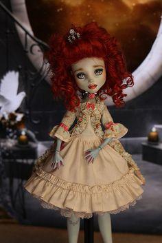 My handmade clothing for Monster High Dolls                                                                                                                                                                                 More