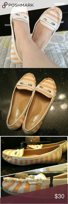 """Via Pinky """"Fly"""" Orange & White Stripe Loafer Flats Calling all preppies & hipsters! These coral/white loafers are perfect for your spring/summer wardrobe! Padded insole makes them SO COMFORTABLE! Ruffled edge & silver tone buckle accent.   I normally wear a wide 5.5 & these fit me with a little wiggle room so I think they could fit up to a 6 as well.   Really great condition! Most wear shows on bottom. They had a white sole! Very light scuff mark on the side less than an inch long & slight…"""