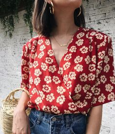 Fashionista Or Flop, These Simple Techniques Will Perk Up Your Style – Designer Fashion Tips Look Fashion, Korean Fashion, Womens Fashion, Fashion Tips, Fashion Trends, Fashion 2018, Spring Fashion, Ladies Fashion, Fashion Outfits