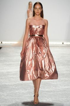 Our 10 Favorite Runway Looks From NYFW   theglitterguide.com