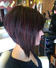 Taglio capelli medio corti dietro lunghi davanti