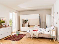 Micasa Schlafzimmer mit Bett, Schrank und Kommode aus dem Programm MILLOT
