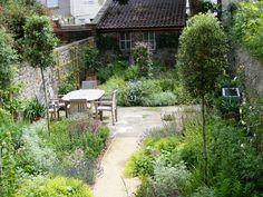 Bristol Garden Designers – Hegarty Webber Partnership - All About Cottage Garden Design, Small Garden Design, Small Garden Landscape, Small Gardens, Outdoor Gardens, Bristol Garden, Small Backyard Landscaping, Backyard Ideas, Natural Garden