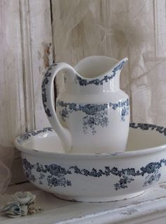 Lampetset / Jug and bowl
