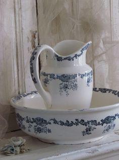 Lampetset / Jug and bowl