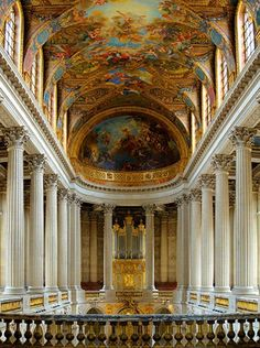 Versailles. So hard to pick which room to post! The Hall of Mirrors was amazing, the dining rooms were enormous. so much to take in.