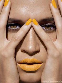 batons coloridos - amarelo