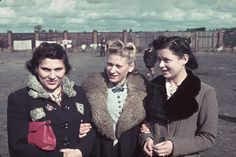 Hugo Jaeger  Unidentified young women, Kutno, Nazi-occupied Poland, 1939