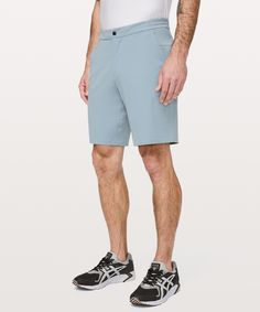 Commission Short Swim - Go ahead, jump in the pool—these casual shorts are also fully functioning swim trunks. Just remember to take your phone out of your pocket first. Swim Shorts, Bermuda Shorts, Korean Fashion Casual, Swim Trunks, Patterned Shorts, Lululemon Athletica, Casual Shorts, Swimming, Brand New