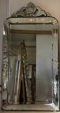 venetian mirrors vintage | ... Antique Venetian Archtop Mirrors in from On-Reflection Antique Mirrors