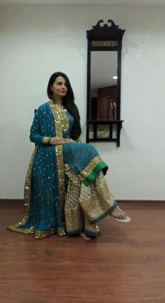 "Adaa boutique Muskaa elegant in "" Farshi"", fashion Pakistan India Fashion, Ethnic Fashion, Indian Attire, Indian Wear, Pakistani Outfits, Indian Outfits, Simple Dresses, Nice Dresses, Beautiful Suit"