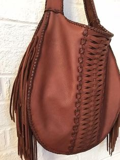 Woven Our Mother The Mountain- Leather Fringe Bag - Tasche Ideen Leather Fringe, Cowhide Leather, Real Leather, Vintage Leather, Soft Leather, Leather Crossbody Bag, Leather Purses, Leather Handbags, Leather Totes