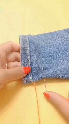 Sewing Tips, Sewing Hacks, Sewing Tutorials, Sewing Crafts, Sewing Projects, Sewing Patterns, Diy Clothes And Shoes, Sewing Clothes, Hemming Jeans