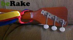 Vendo La balalaika guitarra clasica rusa es un instrumento musical ruso de cuerda de la familia del laúd. tiene un cuerpo triangular, casi plano, con una pequeña boca de resonancia cerca del vértice superio...