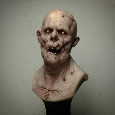 Finished painted piece.  #ariskolokontesart  #zombie  #sculpture #resin #bust