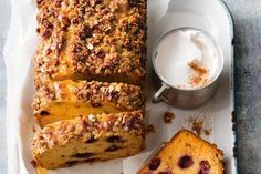 Apple and blueberry streusel olive oil loaf Almond Recipes, Fruit Recipes, Dessert Recipes, Cooking Recipes, Apple Recipes, Cake Recipes, Apple Custard, Custard Cake, Bread Pudding With Apples