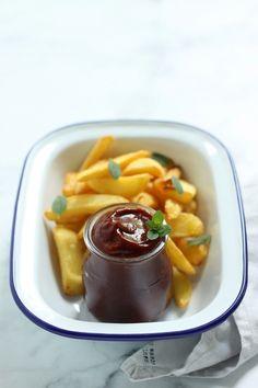 Füstös ketchupmártogatós recept - Kifőztük, online gasztromagazin Quesadilla, Ketchup, Chocolate Fondue, Dips, Pudding, Dressings, Sauces, Desserts, Recipes