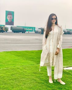 Celebrities at Pakistan Day Event yesterday in Islamabad Pakistani Models, Pakistani Actress, Casual Wear, Casual Dresses, Fashion Dresses, White Outfits, Sexy Outfits, Punjabi Salwar Suits, Kurti Designs Party Wear
