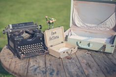 Vintage Wedding Decorations Chelsea Morgan Photography | Nouveau Events | Starlight Meadow