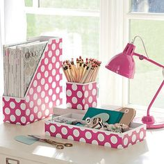 Preppy Paper Desk Accessories #girly #acessories <3<3 For guide + advice on #lifestyle, visit http://www.thatdiary.com/