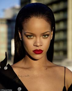 Straight shooter: Rihanna issued a praise-worthy comeback after a Twitter user told her sh...
