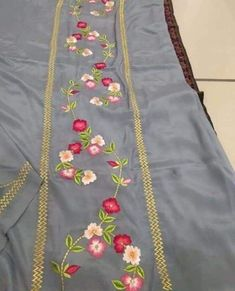 Simple Embroidery Designs, Hand Embroidery Design Patterns, Kurti Embroidery Design, Machine Embroidery Designs, Embroidery On Clothes, Embroidery Fashion, Rose Embroidery, Punjabi Suits Designer Boutique, Indian Designer Outfits