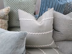 love this ric rac embellished pillow