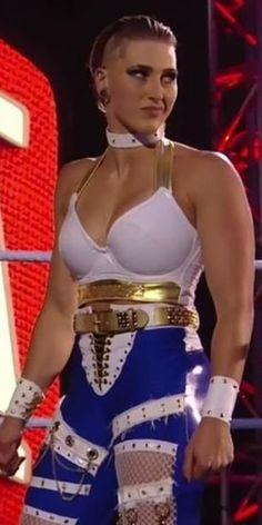 Wrestling Superstars, Wwe, Diva, Monster Trucks, Wonder Woman, Superhero, Color, Colour, Divas