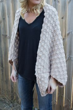 Bubble Texture Knit Shrug. 2 Colors Available.