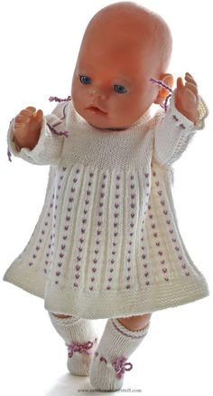 Child Knitting Patterns Child born strickanleitung Baby Knitting Patterns Supply : Baby born strickanleitung… by helmutthinnes Knitted Doll Patterns, Knitted Dolls, Baby Knitting Patterns, Baby Patterns, Crochet Patterns, Baby Born Clothes, Bitty Baby Clothes, Knitting Dolls Clothes, Doll Clothes Patterns