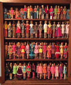 What happened to having one doll and dressing and undressing her? Oh, yeah, that didn't cost as much. Play Barbie, Barbie Dream, Barbie And Ken, Barbie Stuff, Vintage Barbie Kleidung, Vintage Barbie Clothes, Vintage Dolls, Barbie Doll Accessories, Doll Display