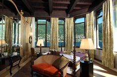 Experience our 5 Star hotel in Lake Como, lake resort offering luxurious rooms and suites, fine dining, spa & wedding facilities. Luxury Spa Hotels, Luxury Rooms, Lake Como Hotels, See Yourself, Oriental Hotel, Lake Resort, Best Spa, Traditional Bedroom, Design Blog