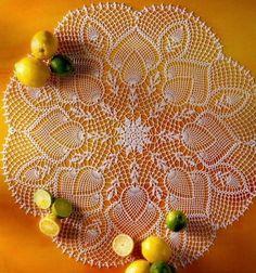 Crochet Art: Crochet Lace Doily - Pineapple crochet Lace