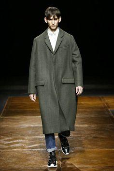 Dior Homme Menswear Fall Winter 2014 Paris - NOWFASHION