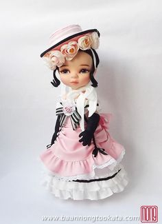 Doll's Clothes / Disney Animator Doll