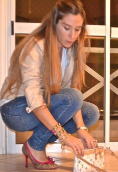 Mt Favorite Leather Jacket  , Kill en Chaquetas, Jazmin Chebar en Jeans, Louis Vuitton en Bolsos, The Bag Belt en Tacones / Plataformas, Besha en Otras joyas / Bisutería, Rolex en Relojes