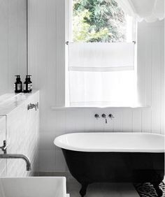 Black and white bath   Whitings Architects