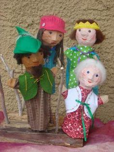 marionnettes en mousse