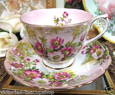 ❤Royal Albert Wild Rose Pattern Tea Cup and Saucer❤