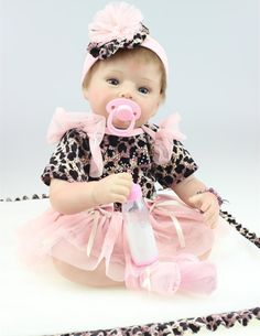 93.02$  Watch here - http://ali0vt.worldwells.pw/go.php?t=32341919950 - 22 inch Silicone Reborn Babies Dolls Brinquedos Girls in Lepord Dress Vinyl Realistic Newborn Doll For Girls Play House Toys 93.02$