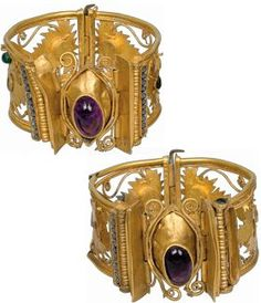 A pair of gold bracelets. Palaiokastro, Thessaly (ancient Metropolis of Hestiaiotis) 1st century BC