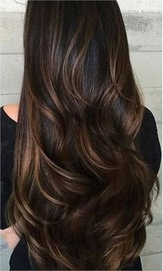 Long Wavy Ash-Brown Balayage - 20 Light Brown Hair Color Ideas for Your New Look - The Trending Hairstyle Caramel Hair Highlights, Hair Highlights And Lowlights, Brown Hair Balayage, Colored Highlights, Caramel Balayage, Fall Highlights, Balayage For Asian Hair, Dark Hair With Highlights And Lowlights, Brown Hair With Caramel Highlights Dark