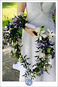 Totally one of a kind wedding bouquet!  ...ooh, taking something similar to this and making it a long and viney wrist corsage would be great! I've always hated bouquets...